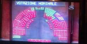 voto_mozione_noF35_m5s_vilmamoronese_it