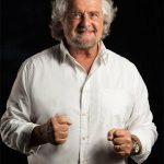 """Beppe Grillo """"Non siamo perfetti ma non ci arrendiamo"""""""