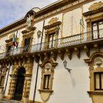 Rifiuti, Augusta: la Regione Sicilia trascrive per errore un sito come discarica abusiva e l'Europa ci multa. Interrogazione M5S in Senato